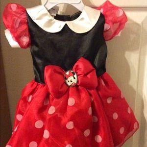 Disney Minnie Mouse Costume w/ Ears 4T-5T NEW